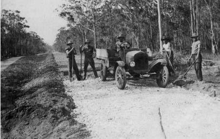 Constructing the Maryborough-Hervey Bay Road, 1924