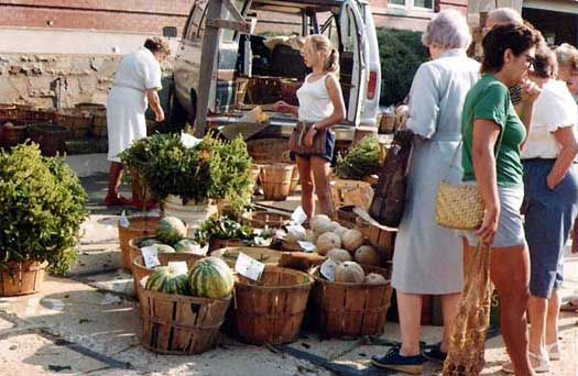 Some thoughts on selling at farmers' markets: 22 lessons in running a successful farmers' market stand, from someone who's been in the business for almost 25 years… starting at age 9.