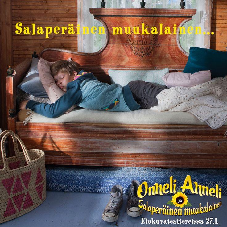 Onnelin ja Annelin rantamajaan on ilmaantunut salaperäinen muukalainen 😲  ONNELI, ANNELI JA SALAPERÄINEN MUUKALAINEN nyt elokuvateattereissa 🎬        @nordiskfilmfinland