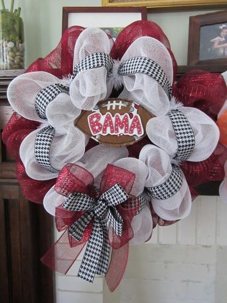 how to make a football shaped wreath