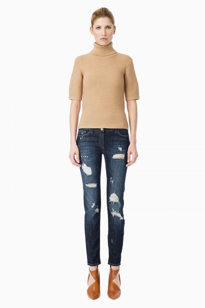 Jeans donna aderente con strappi della collezione autunno inverno 2015 di Elisabetta Franchi, vita regolare, colore stone used,nelle taglie 25,26,27,28,29,30,31