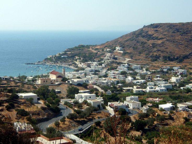 Kini village in Syros