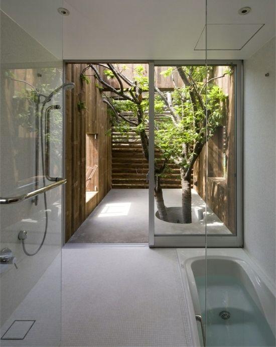 Wohnideen Badezimmer Glaswand puristisch