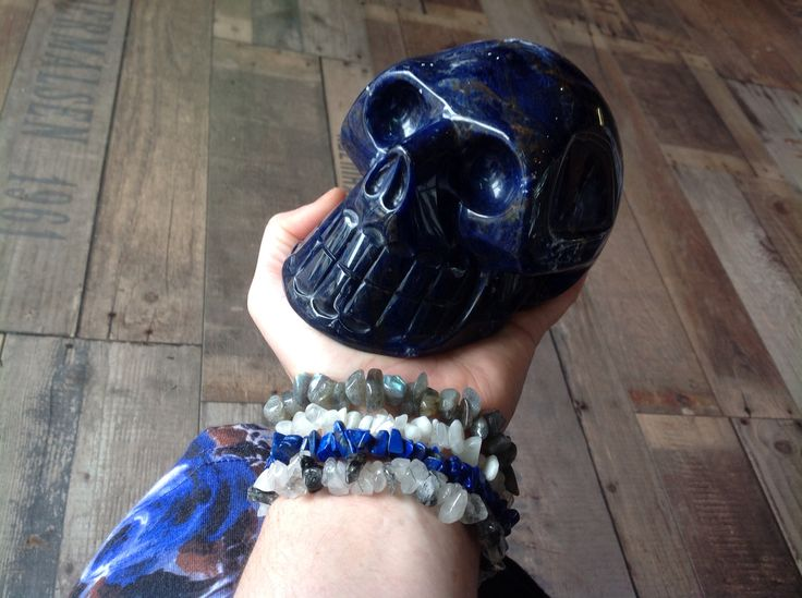 Blue dress, Blue jewellery and this gorgeous Blue boy! Sodalite carved Crystal Skull now available in Gnostic Rocks.