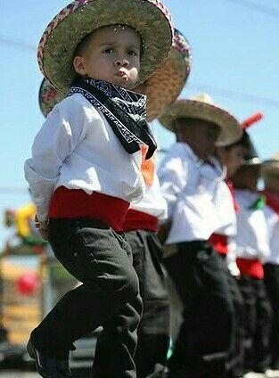 Trajes de niños para fiestas patrias 742eb7904f2