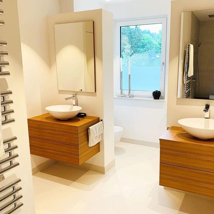 🛁 Badezimmer mit maßgefertigtem Mobiliar 🛁 …