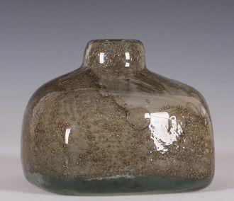 Benny Anette MOTZFELDT (1909-1995) Vase, sign. BM-71. (H:13cm)
