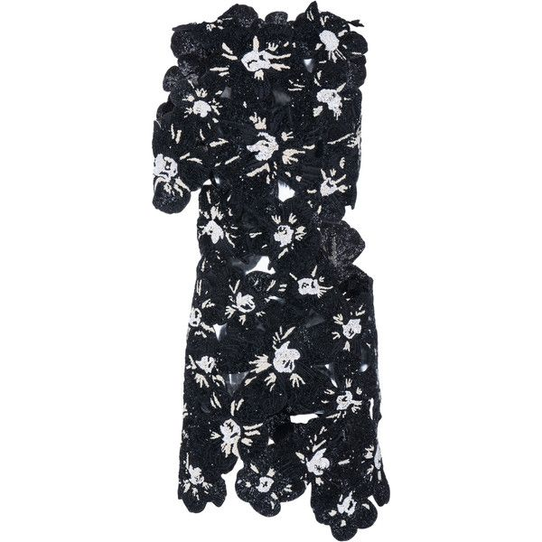 Proenza Schouler Pieced Flower Embroidery Top (€10.085) ❤ liked on Polyvore featuring tops, black, proenza schouler top, cut out detail top, cut-out tops, proenza schouler and cutout tops