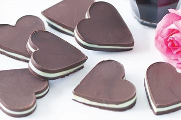 Peppermint chocolate hearts