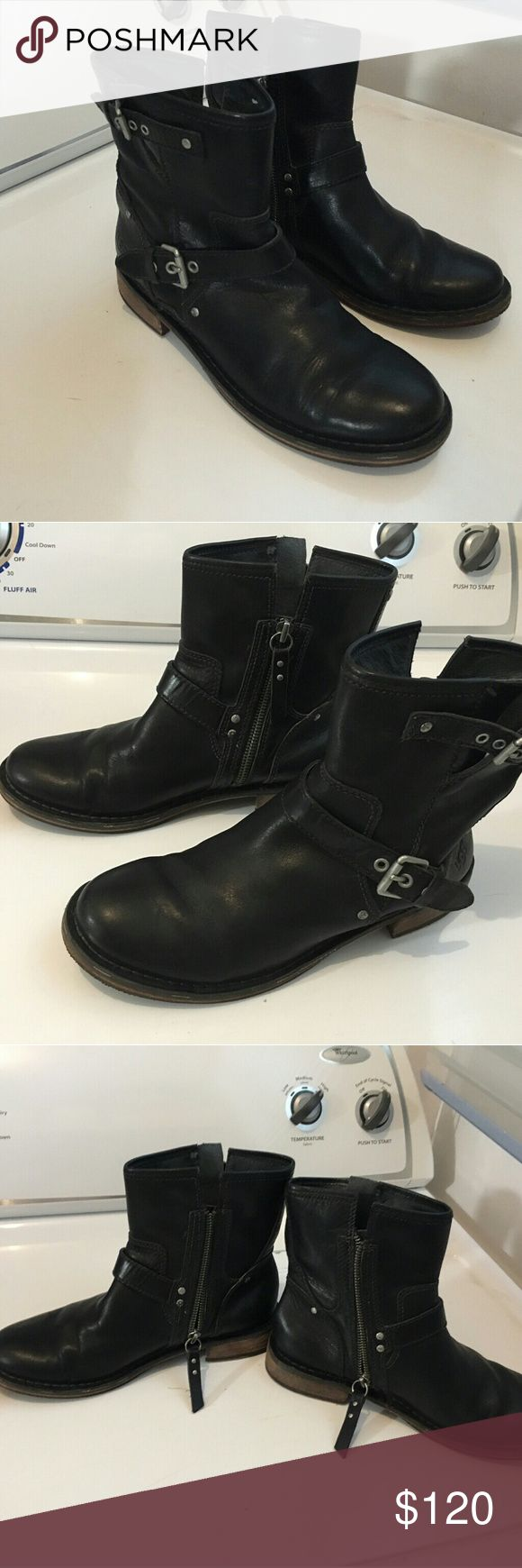 UGG Leather Moto Boots Size 7 black UGG zip-up boots with buckles.  Slight signs of wear (see photos). Does not include original packaging. Leather upper with sheepskin foot lining.  Smoke and pet free home. UGG Shoes Combat & Moto Boots