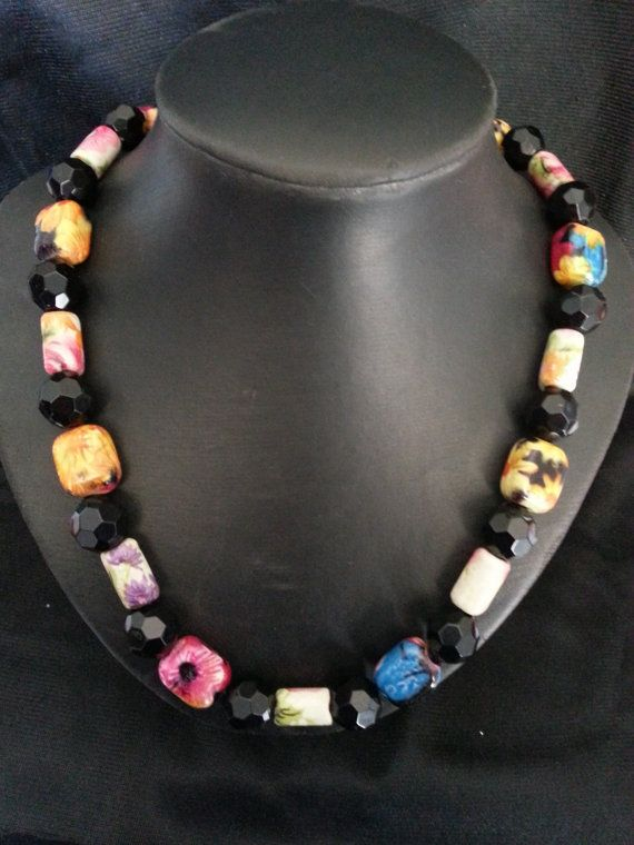 Beautiful Summer Fun Floral Necklace by CavettaCreations on Etsy, $40.00