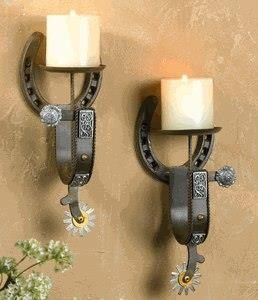 Love this. Horse shoe & spur wall decor...it's not country without horses, cows, or cowboys! Gotta love it!