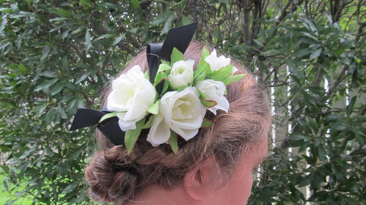 hair flower on comb inspired by original photo in 1943 Sears catalog