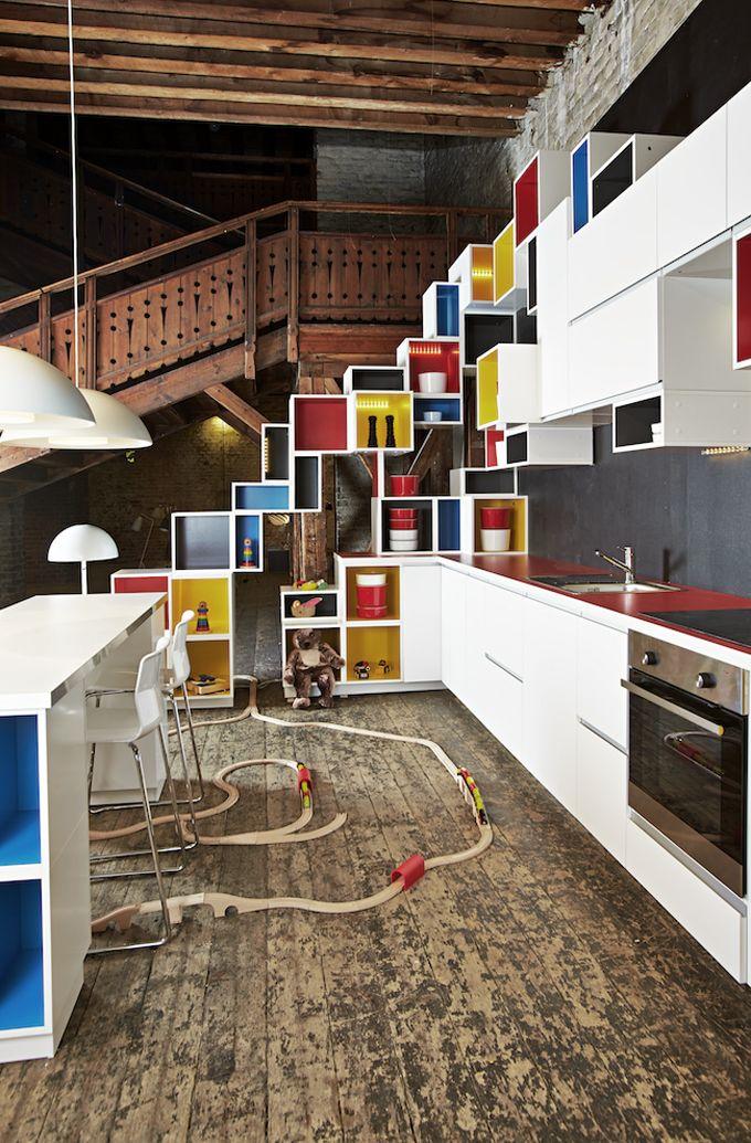 Pot ser una cuina més original???  Amb la nova série de cuines Metod de IKEA, les possibilitats de disseny són gairebé il.limitades.