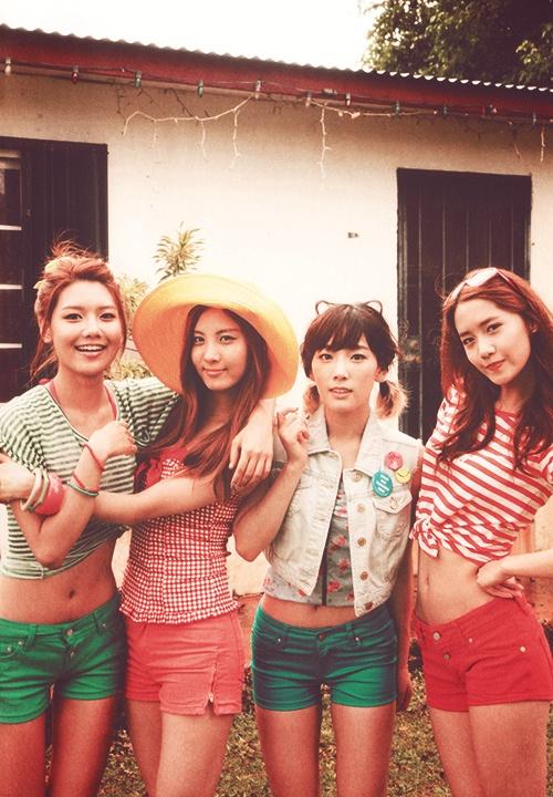 Sooyoung, Seohyun, Taeyeon, and Yoona