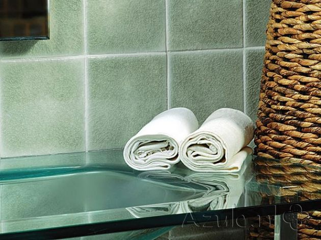 Cementtiles bathroom - Azulejos Verde Cobre MA1028 - Project van Designtegels.nl