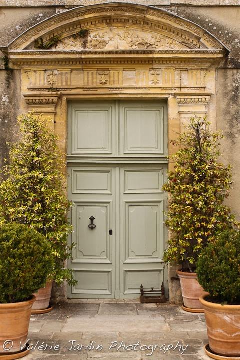 Chateau de brécy garden featuresgrand entrancecastle doorsfrench
