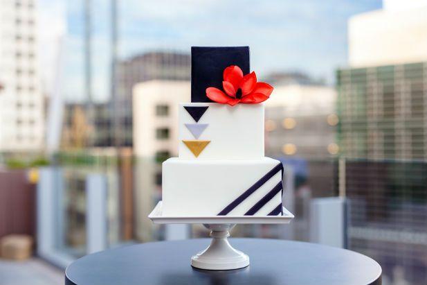 Modern square wedding cake for a chic Denver wedding  (Ashley Kidder Wedding Photographer)