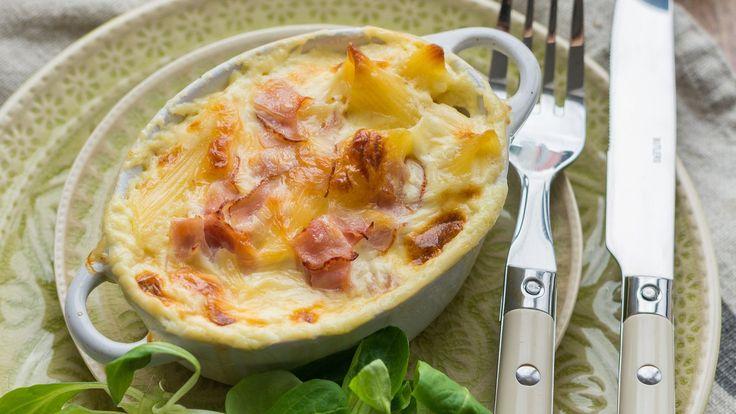 Sonkás-sajtos rakott tészta | Mizo
