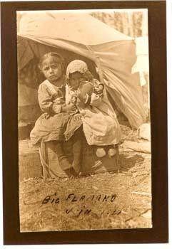 Atikamekw girls at Manawan, Quebec - 1911