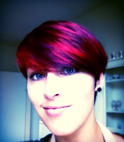 Paars, rood en zwart haar / purple, red and Black hair