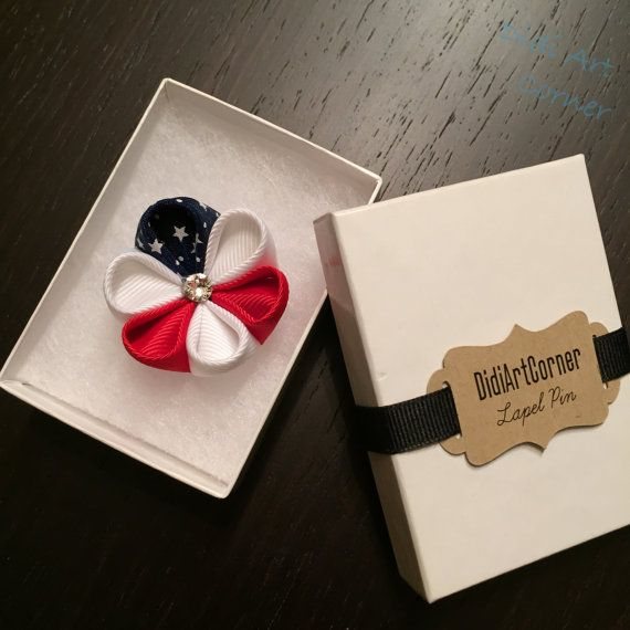 American Flag Kanzashi Flower Lapel Pin with by DidiArtCorner