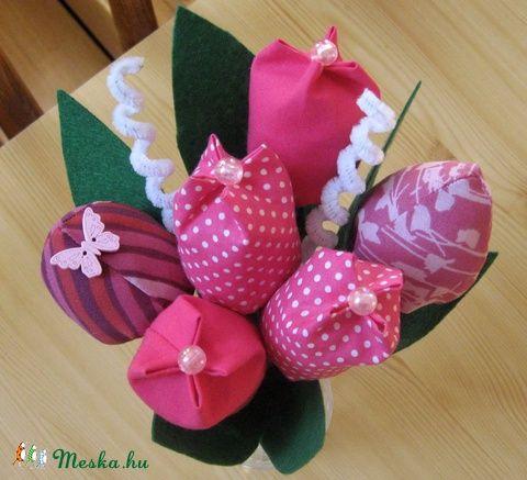 Meska - Tulipán csokor textilből - pink eszterszemek kézművestől