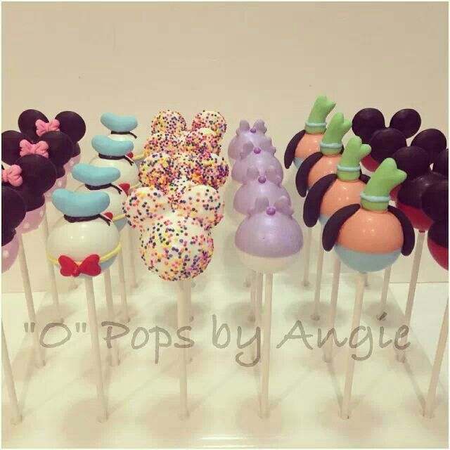 Cake pops: Mickey mouse & sus amigos.