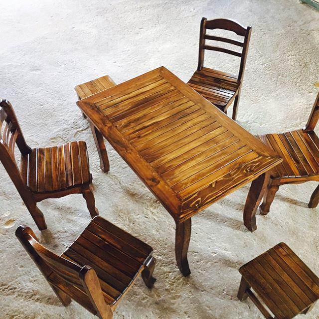#ahşap#masa#tabure #Çardak içi oturma grupları#banklar#malatya ahşap sanayi# #masa#sandalye#tabure# #balkon# #mutfak# #teras#  #bahçe#  #yemek masaları#oturma bank ve banko grupları# #özarısan LTD. ŞTİ.# #istenilen renk ve tasarım şekilleri mevcuttur# http://turkrazzi.com/ipost/1518663220595166255/?code=BUTYCclBowv