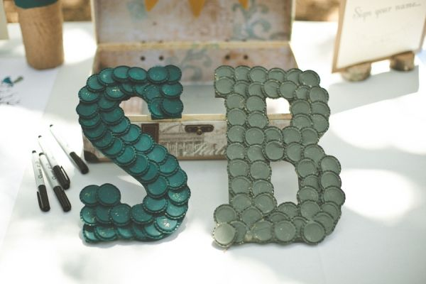 paint old bottlecaps to create monograms in your color scheme! // photo by VentolaPhotography.com