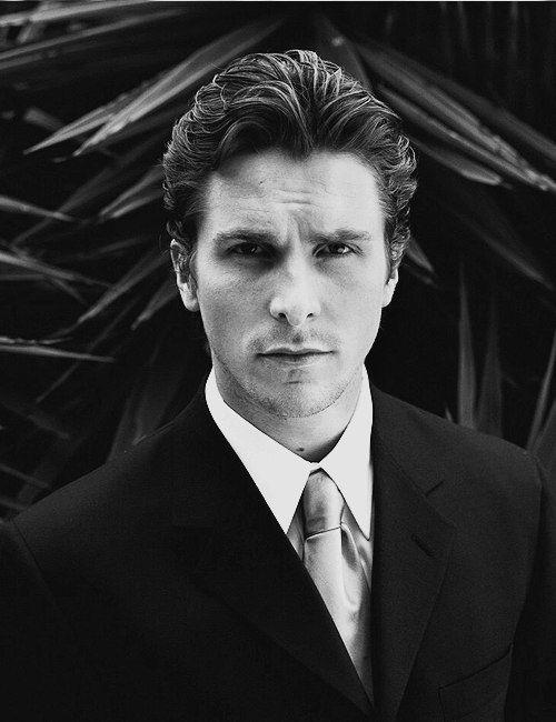 Christian Bale longer waves