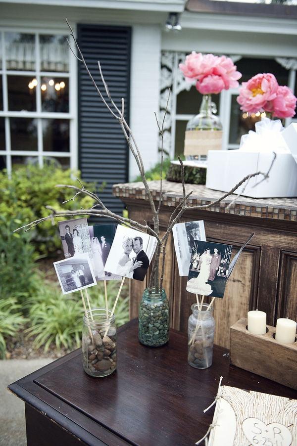 Photos on sticks in the arrangements
