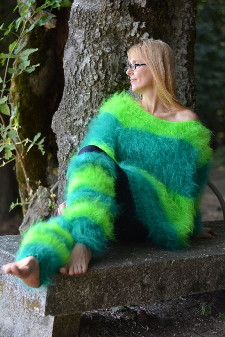 Order Hand Knitted Sweater Fuzzy Mohair Sweater Mohair Set