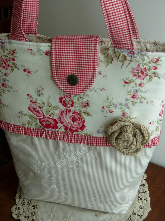 Summer Cottage Tote by WoodenNeedleNook on Etsy, $49.00