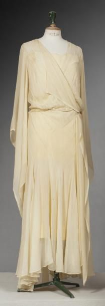 Callot Soeurs, Long Chiffon Dress in Pale Yellow with Pagoda Sleeves, French, c. 1930.
