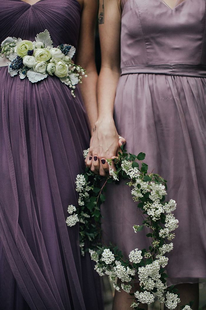 Toss the Bouquet: Five Alternatives for Bridesmaids Flowers | Love 'n Fresh Flowers — Love Me Do Photography