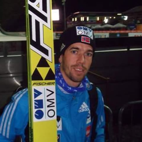 Anders Bardal, WC Klingenthal 2014 ©ME  @andersbardal Thanks for many years in skijumping, a lot of great moments, memories and emotions! All best wishes to you and your family! Congrats to your little girl! :-) but you will be missed at the hills... #skijumper #skijumping #skispringer #skispringen #andersbardal #norway #hejanorge #klingenthal #memories #fun #missing