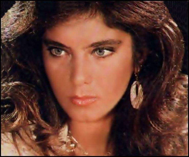 maria antonietta,elle aussi très belle est également décédée à 21 ans d'un accident de voiture. elle avait de superbes yeux qui ont dû en faire rêver plus d'un.