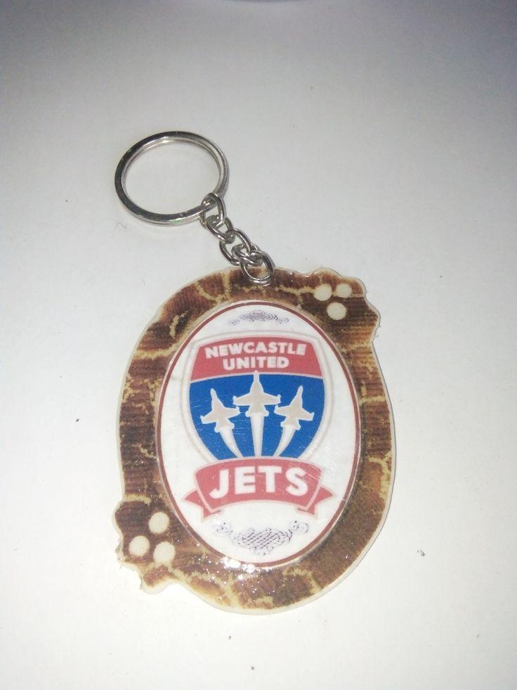 Gantungan Kunci Paralon Bakar Logo Klub Sepakbola NEW CASTLE UNITED