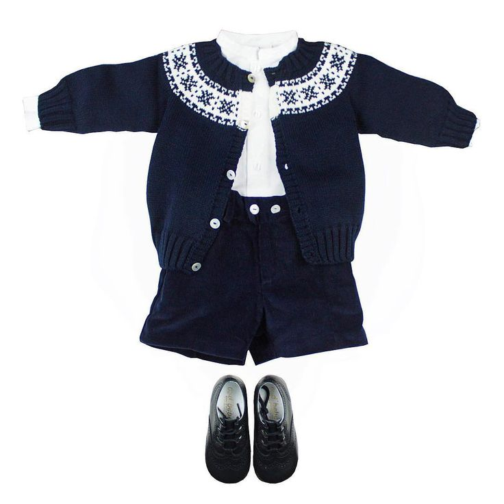 El azul marino nunca pasa de moda y es un clásico de m&h cada temporada de otoño. No te pierdas todos nuestros looks para niño en marino!! www.myhbaby.com    #fashionkids #kidsfashion #modainfantil #bebe #kids #ropabebe #baby #instababy #modainfantilmadeinspain #kidsfashion #dresskids #madeinspain #hechoenespaña #ropaniños #babygirl #babyfashion #ropitabebe #aw2015 #greca #marino# conjuntoniño #m&h #myhbaby #camisamao