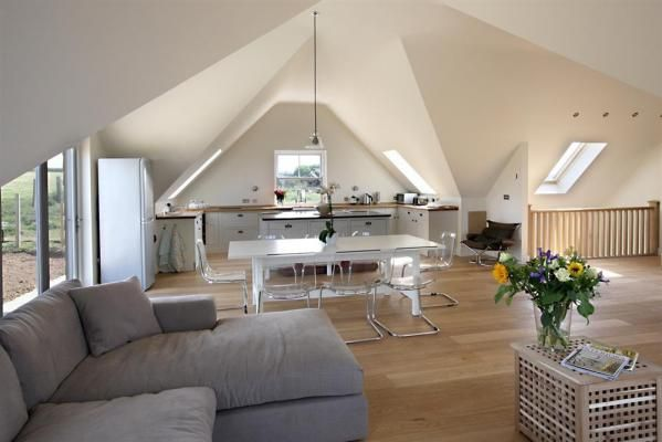 Brand new coastal retreat with the real 'wow factor at Tonga Luxury Holiday Home, Porthtowan. www.iknow-cornwall.co.uk