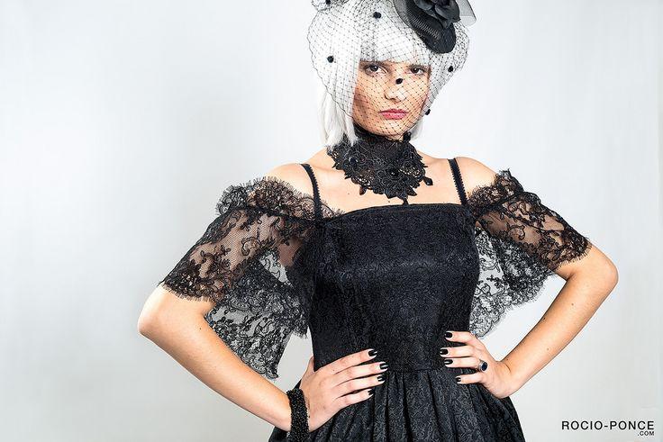 https://flic.kr/p/zNCeWM   INDROLITA Lookbook 2015 #rocioponcephoto #indrolita #lookbook #lolita #gothlolita #gothic #tocado #headdress