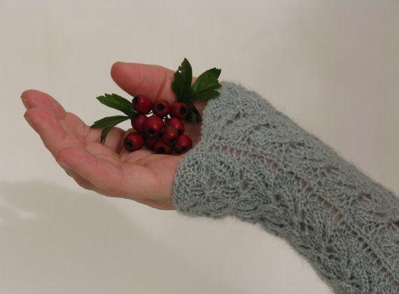 Knitted Fingerless Gloves Wrist Warmers by AGirlNamedMariaDK on Etsy #glove #gloves #mitten #mittens #fingerless #hand #hands #warm #warmers #knit #knitted #knitting #knitwear #alpaca #etsy #agirlnamedmariadk #denmark #danish #design #handmade #women #womens #woman #girl #girly #feminine #gift #idea #ideas #gifts #fall #autumn #winter #spring #soft