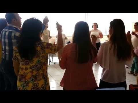 Orff Eğitimi Tanışma Benim Adım Oyunu Aykut Öğretmen Ahu Alpağut Tenzile Ergün Mektebim Okulları - YouTube