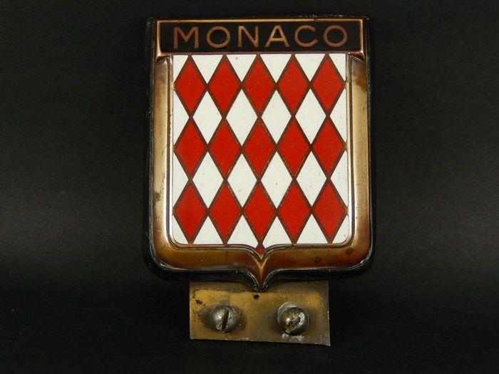 Vintage chroom en glazuur Monaco Monte Carlo Cote D'Azur auto Auto Badge 75 cm x 7 cm niet inclusief bevestiging beugel  Vintage chroom en glazuur Monaco Monte Carlo Cote D'Azur auto Auto Badge 75 cm x 7 cm niet inclusief bevestiging beugelGlazuur is in uitstekende staat met alleen lichte slijtage worden eerder gekoppeld aan een voertuig.Er is een huisgemaakte beugel bevestigd aan de achterkant (dit kan worden verwijderd) en kan worden gemonteerd op een badge bar met de juiste mount. Het kan…