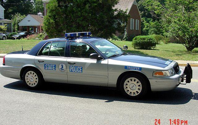 Virginia State Police - Ford Crown Victoria Police Interceptor (P71)