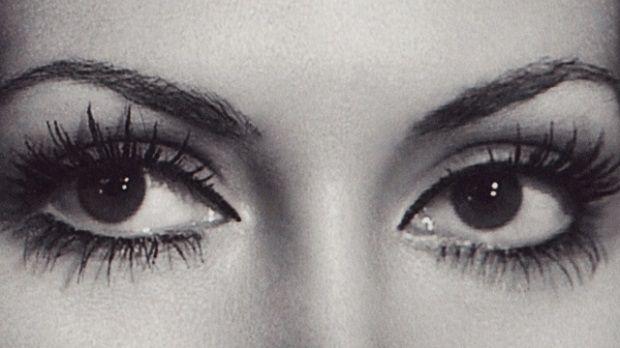Bir bakış bakıp kalbimizi yakanlar... Türkiye'nin en güzel gözlü kadınları kimler? Aklınıza birkaç isim geliyordur, devamını burada bulacaksınız...