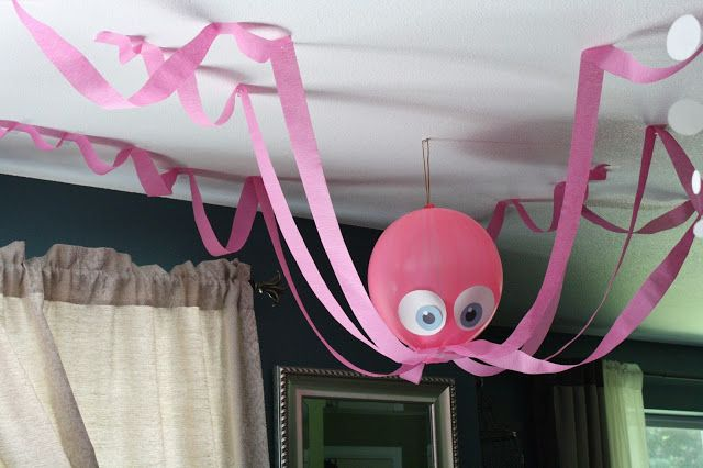 octopus made with balloon and streamers. Just need to make it blue for my little guy