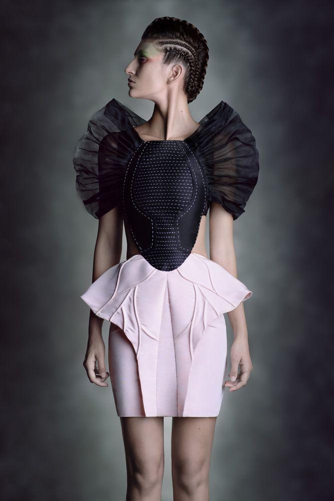 AURORA SILVA Fashion stylist: LEYRE VALIENTE La joven promesa del diseño español