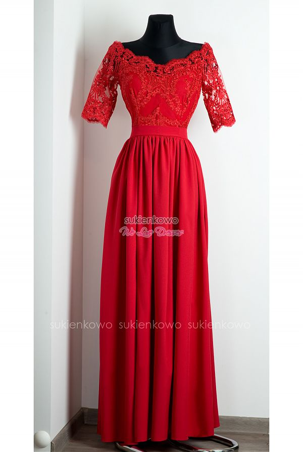 482a009026 Sukienkowo.com - ALISON - Długa sukienka z koronką i rękawem czerwona